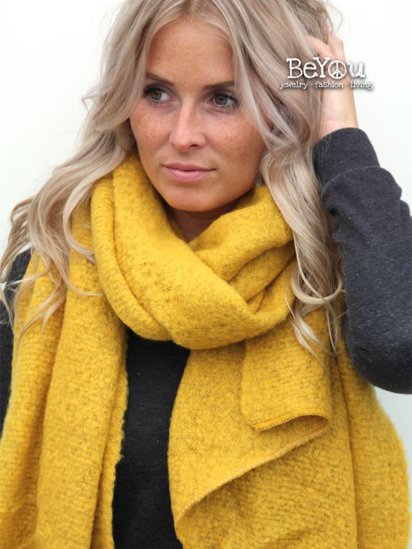 Sjaal Kate Oker