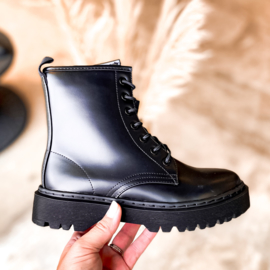 BOOTS LUCKY BLACK