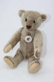 Steiff Teddybeer 32. 1908 EAN 408007
