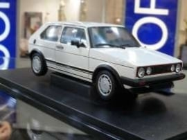 Welly18039w Golf GTI, wit  1:18