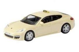 Porsche Panamera Taxi.  Sch25967