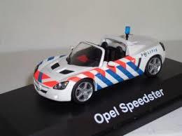 Opel Speedster Politie. 1:43