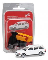 VW Passat Variant 1:87 H34082