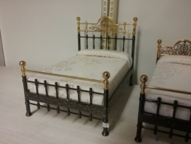 2 Person bed R02