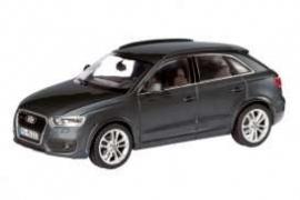 Audi Q3 1:43 Sch7492