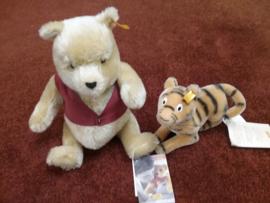 Steiff Pooh EAN354410 en Tigger EAN354380