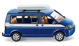 VW Multivan met dakkoffer wi03080534