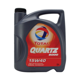 Total 15W40 5L Quartz 5000 Motorolie
