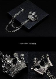 Mooie Zilveren met stras stenen Broche met Kroon S3600
