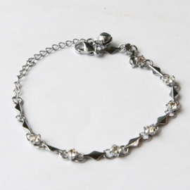 Zilver Armbandje met Witte kristal strass Steentjes S9844