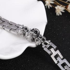 Stainless Steel Schakel Armband met 3 Doodshoofden S8747