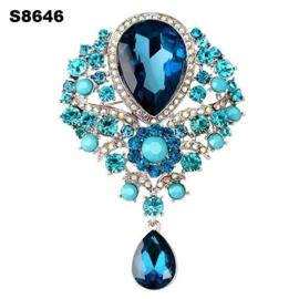 Victoriaanse Brocante Barok Broches Licht Blauw Stenen & Strass S8646