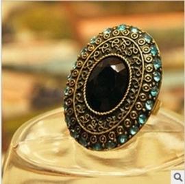 Verstelbare Medaillon Ring met Zwarte Steen & Blauwe Strass S8142