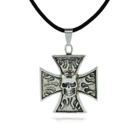 Gothic Lolita Ketting met Zilveren kruis Skull en vlammen S911