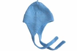 Handgebreide merino muts in lichtblauw