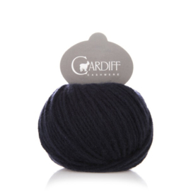 Cardiff Cashmere Large in Navy Blue - Untreated & Sustainable