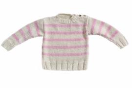 Handgebreide trui met roze strepen
