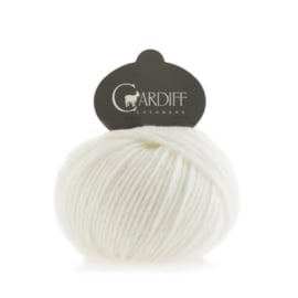 Cardiff Cashmere Large in Winter White - Untreated & Sustainable