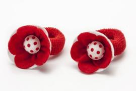 Handgemaakte baby en peuter haarelastiekjes met vilten bloem in rood en wit - stippen