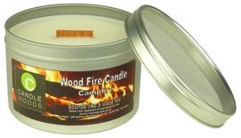 Candle Woods grote knetterende houtvuur geur kaars Frankincence Tree in blik met vensterdeksel en houtlont. Wierook geur.