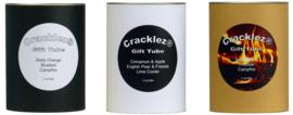 Cracklez® Geschenkset zwart met 3 knetter houtlont geur kaarsen naar keuze