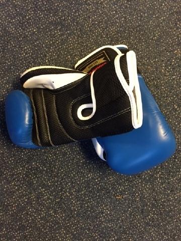 Boks handschoenen een maat met binnenhandschoen