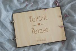 Houten gastenboek - Yorick & Esmee