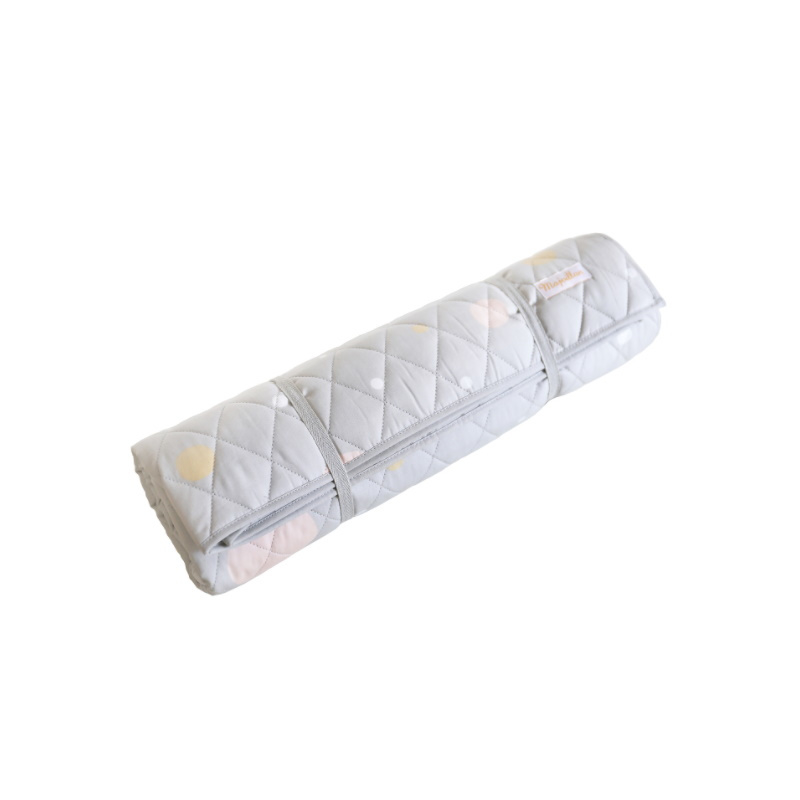 Majvillan Quilt deken Confetti Grey (130x180 cm)
