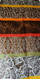 Zachte sjaal met verschillende dierenprints grijs/bruin