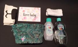 Baby Girl Kraammand met Nuenco producten