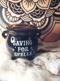 Saving for Spells | spaarpot voor heksen