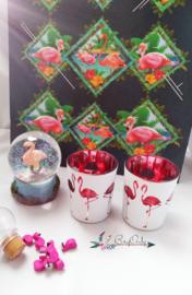 Grab a bag: Flamingo