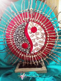 Rode Yin Yang lamp