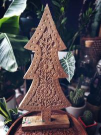Mooi bewerkte kerstboom van hout