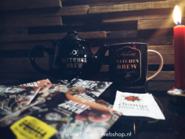 Tea Set for Witches | Wiches Brew
