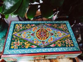 Unieke Handbeschilderde houten schatkist Turquoise