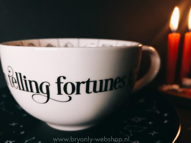 Fortune teller cup   waarzeggen met thee