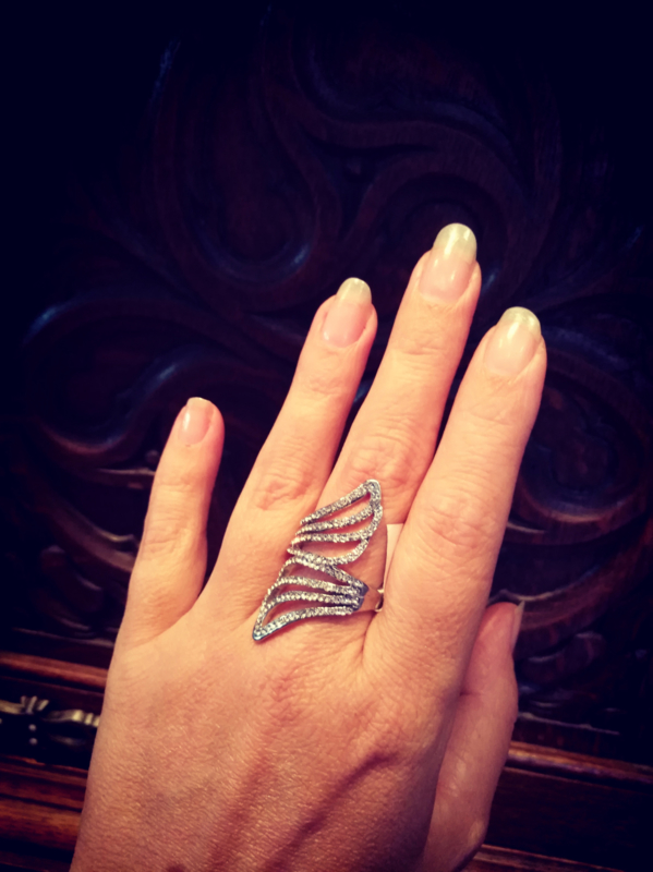 14. Strass ring Winges maat 20