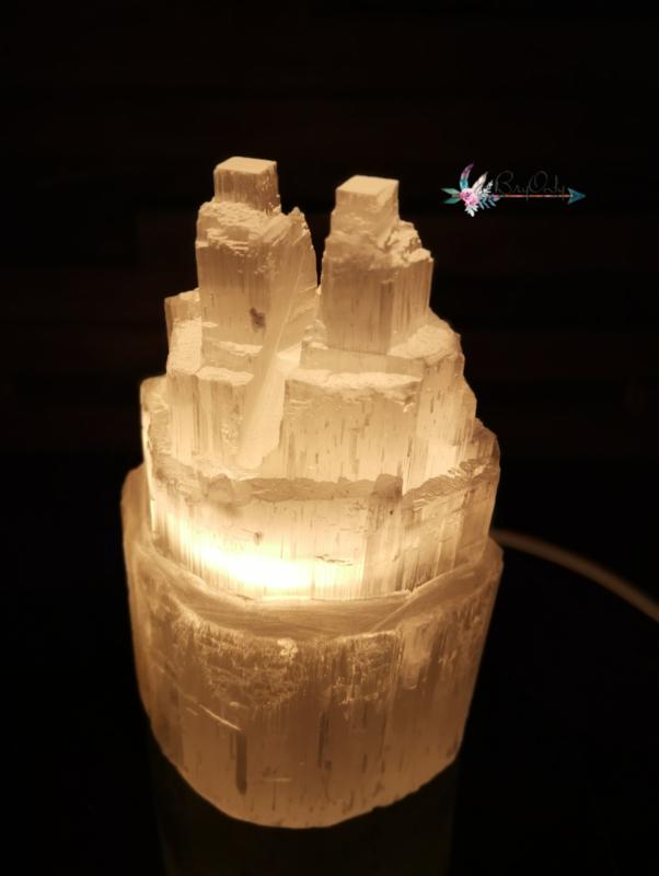 Ruwe Satijn Spaat Kathedralen lamp (beter bekend als Seleniet)