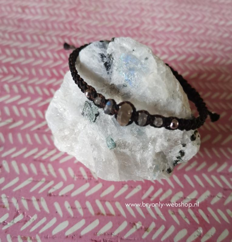 Verstelbare Macramé armband Lilinoe   Labradoriet