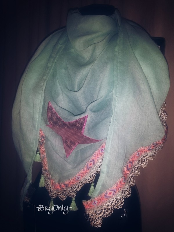 Scarf Turquoise Star