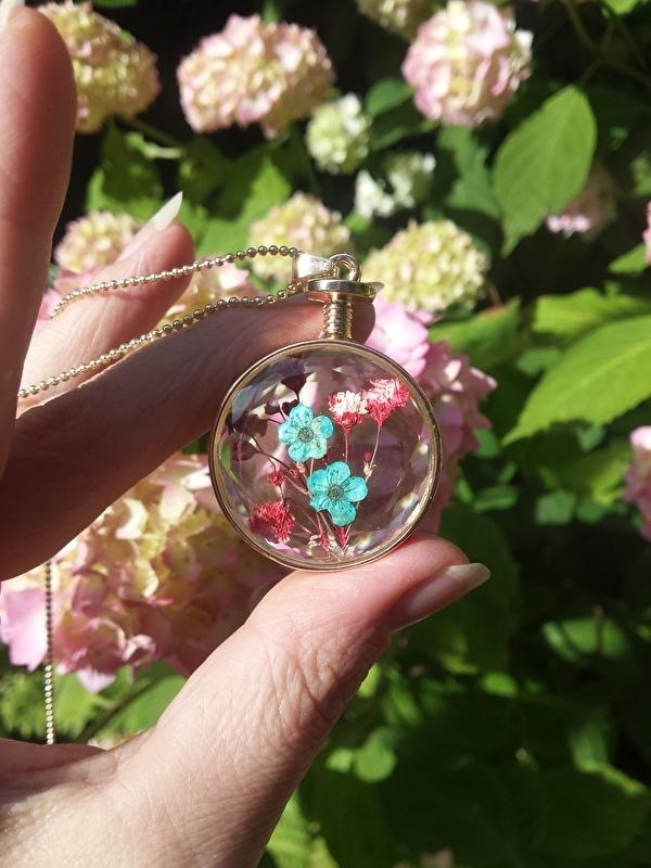Glazen Rose Round hanger met droogbloemen