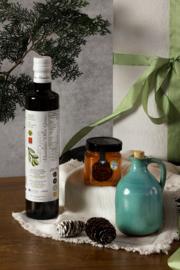 Kerstpakket 500 ml olijfolie , 250 ml wilde tijmhoning en handgemaakt turquoise olijfkannetje