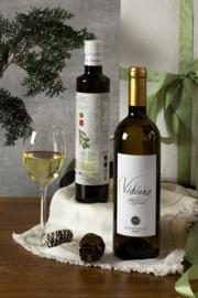 Kerstpakket 500 ml olijfolie en fles Vidiano witte wijn 750 ml