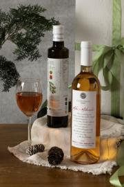 Kerstpakket 500 ml olijfolie en fles Mikro Mikraki medium rose 750 ml