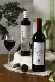 Kerstpakket 500 ml olijfolie en fles Liatiko volle rode wijn 750 ml