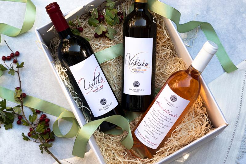 Giftset wijn met Liatiko rood, Vidiano wit en Mikro Mikraki rose