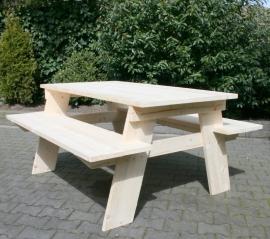 Steigerhouten picknicktafel
