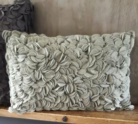 Prachtig kussen mintgroen (30 x 50 cm)