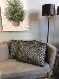 Kussen leopard grijs (60 x 45 cm)